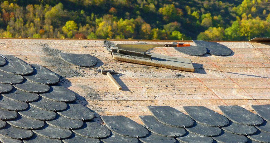 Replacing roof shingles